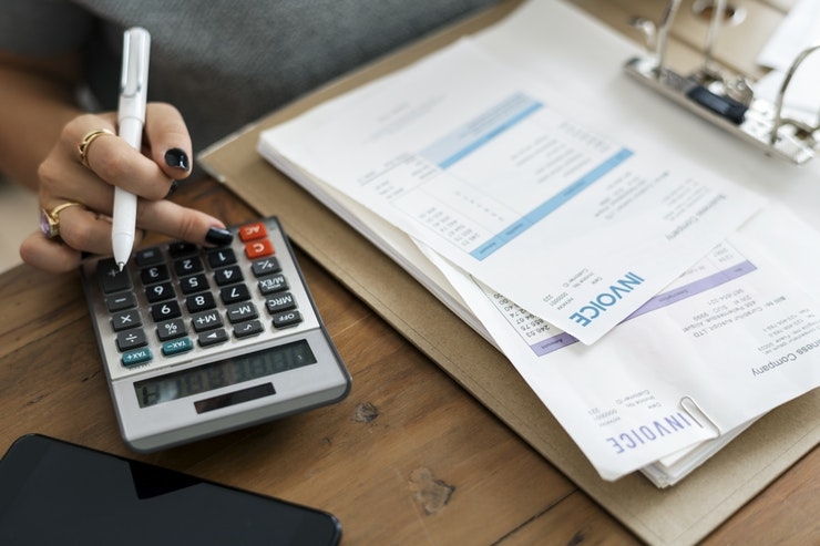9 ways to get a handle on your mounting debt
